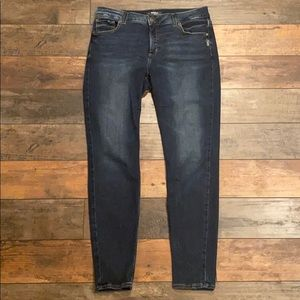 Silver Jeans Co jeans Avery super skinny Size 31